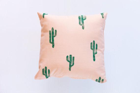 coussin-cactus-atsy-confettiriotshop