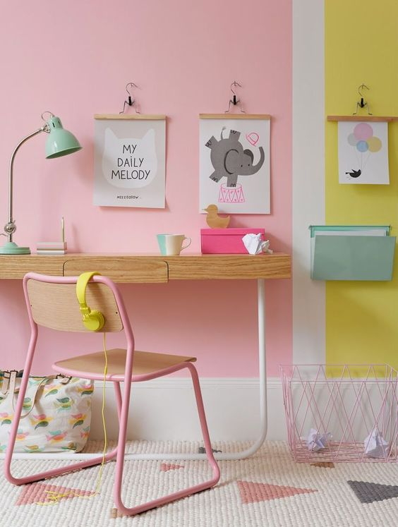 poster-pink-yellow-room