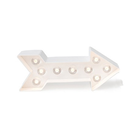 forme-lumineuse-led-en-carton-fleche